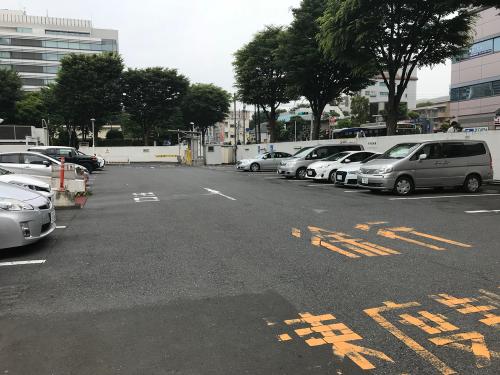 中野サンプラザ専用駐車場